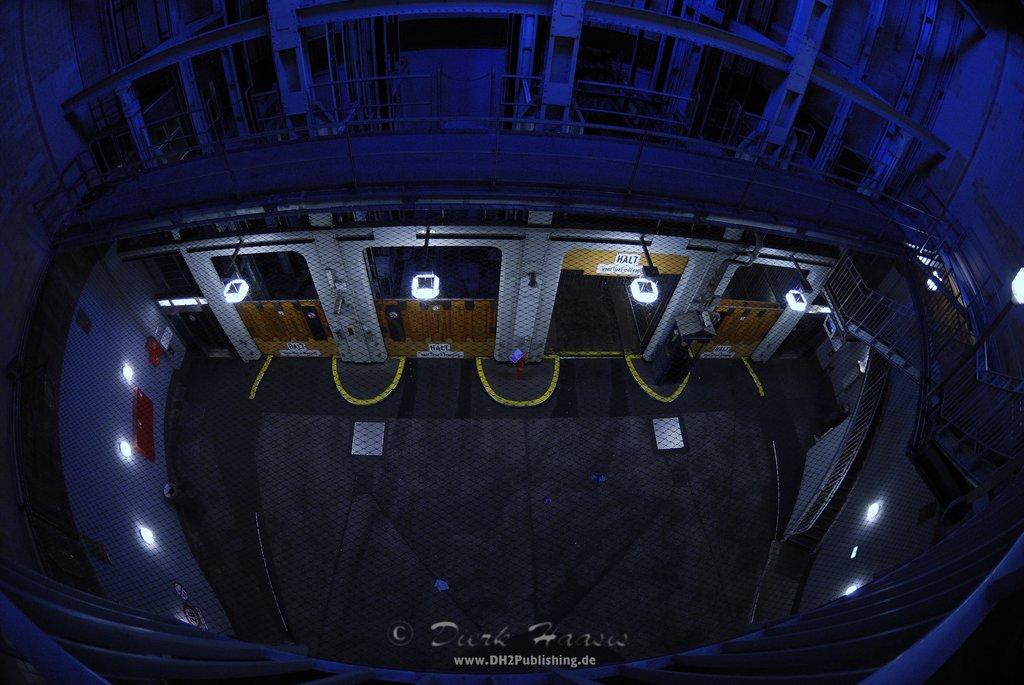 Die Fahrstühle im Alten Elbtunnel